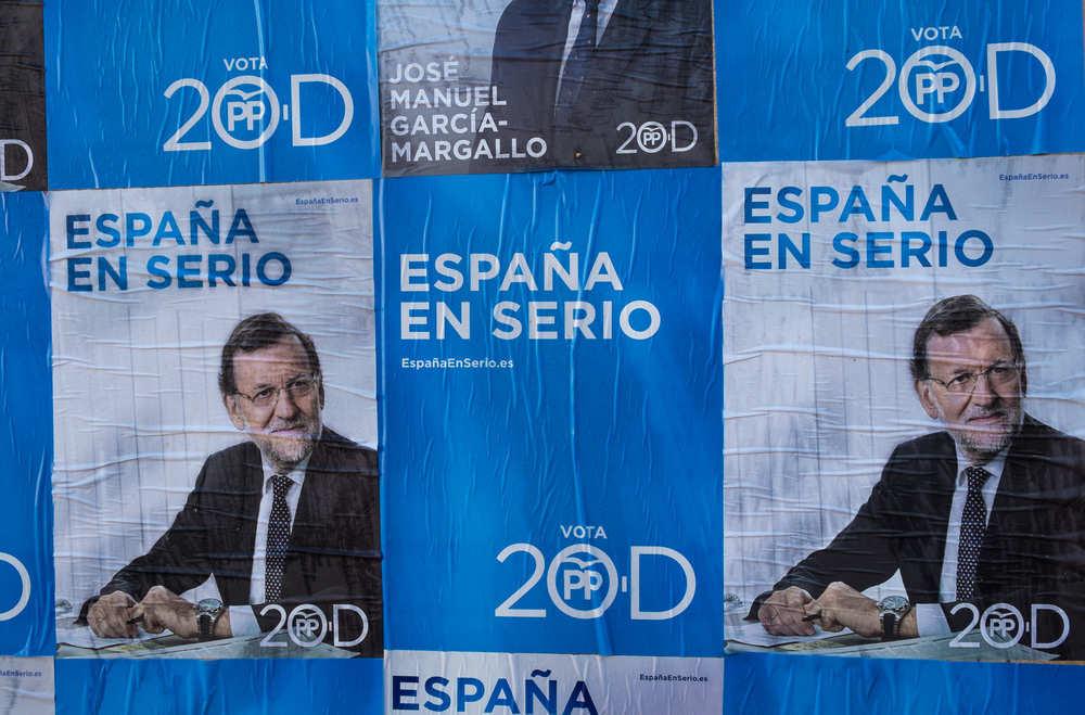 Incluso la fotografía de un político puede influir en la marca del partido